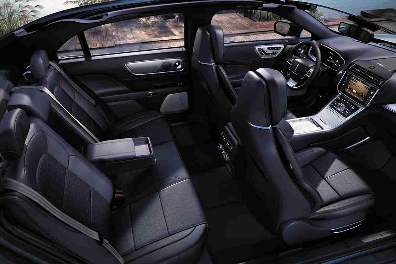 2018 Lincoln Continental Interior