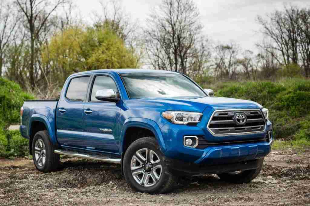 2019 toyota tacoma trd off-road safety features