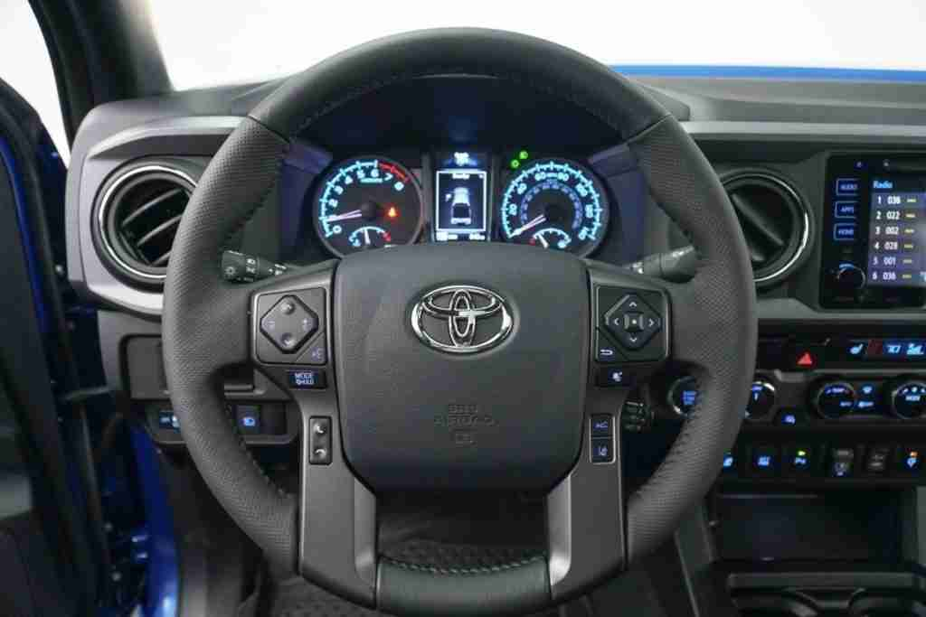 2019 toyota tacoma trd off-road technology