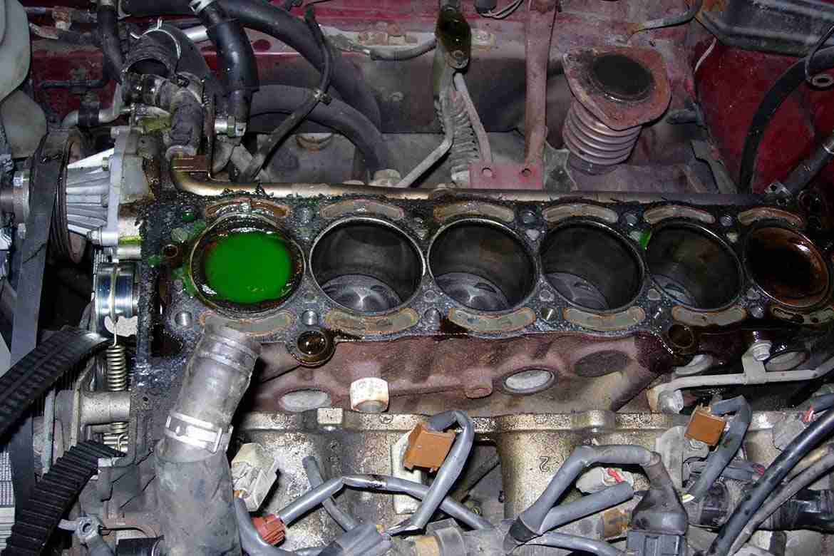 Blown Head Gasket  7 Telltale Signs And Symptoms