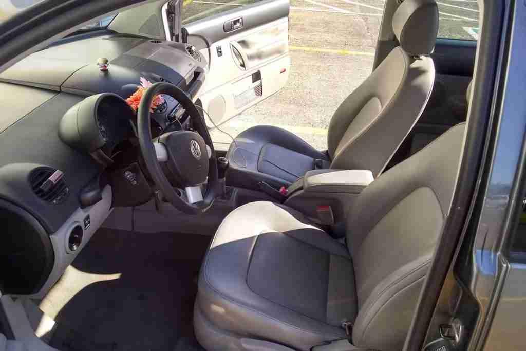 2005 volkswagen beetle interior