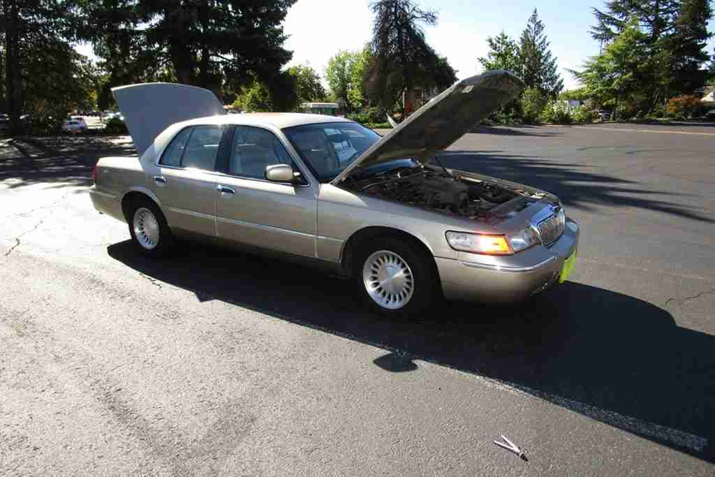 2000 mercury grand marquis review