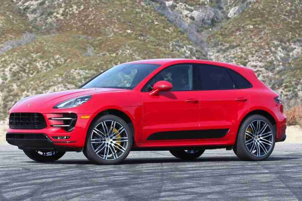2018 porsche macan trim levels