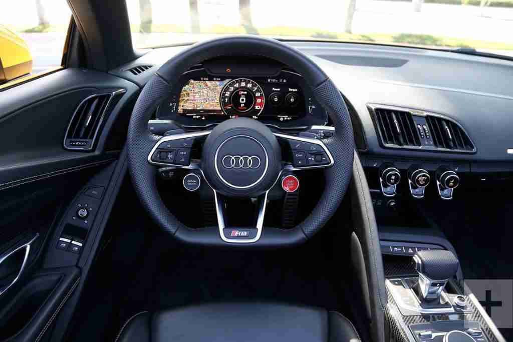 2018 audi r8 coupe interior