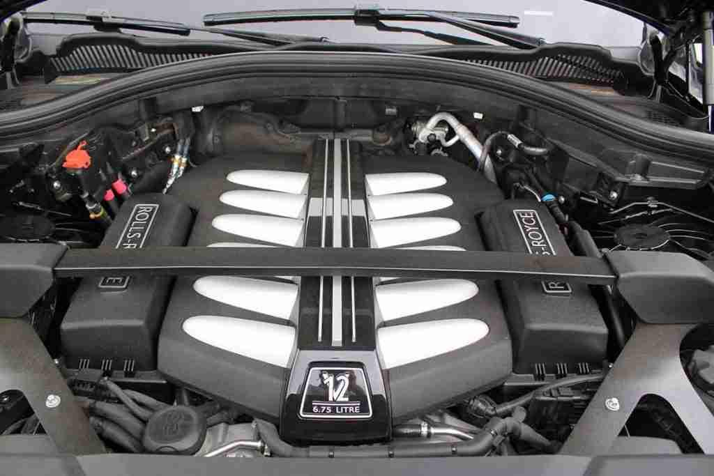 rolls-royce cullinan engine